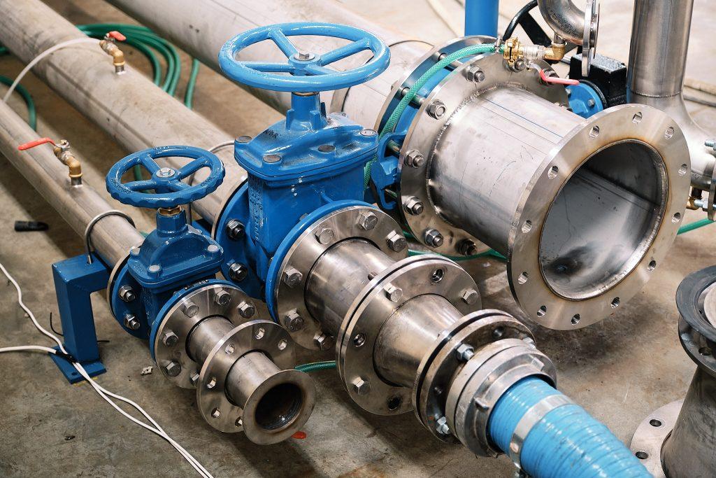 Vetvenie sacieho potrubia skúšobne čerpadiel PRAKTIKPUMP.